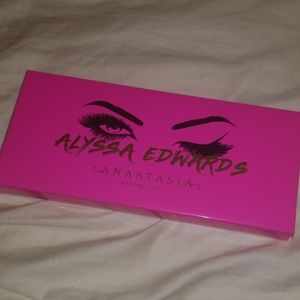 Anastasia Beverly Hills Alyssa Edwards Palette